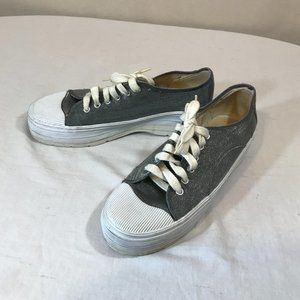 Next Issue Silver Sneakers Size 8